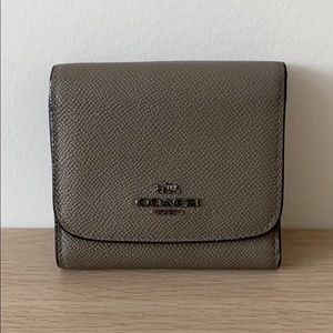 Coach Trifold Wallet -Grey with gunmetal hardware